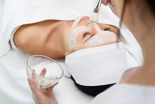 adeva-facial-beauty-services